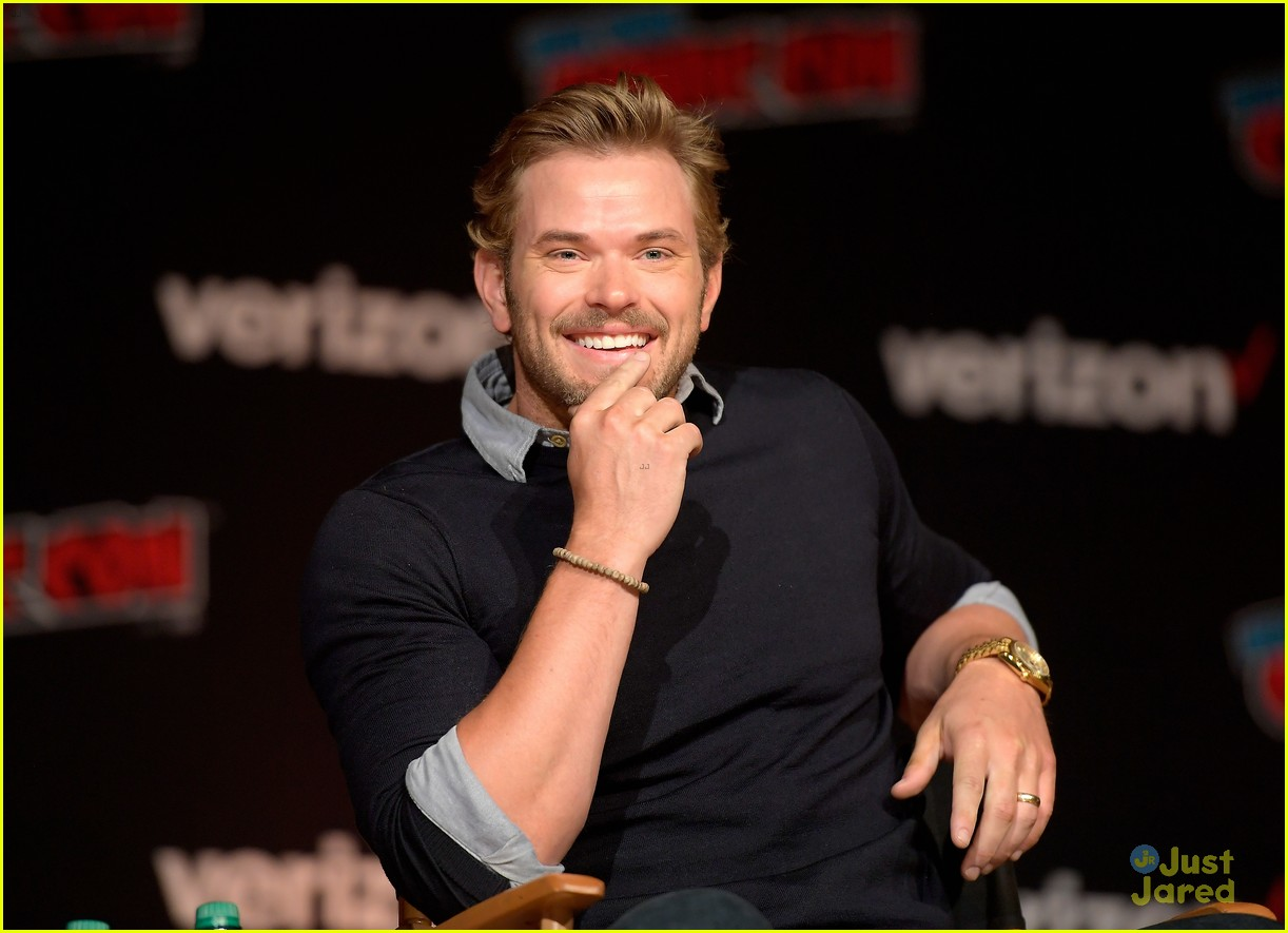 jackson rathbone kellan lutz nycc twilight reunion 02