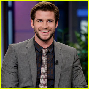 Liam Hemsworth: 'Catching Fire' Promo on 'The Tonight Show'