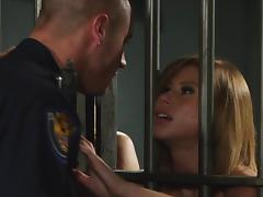 Sexy porn star with gorgeous tits enjoying a hardcore fuck in a prison tube porn video