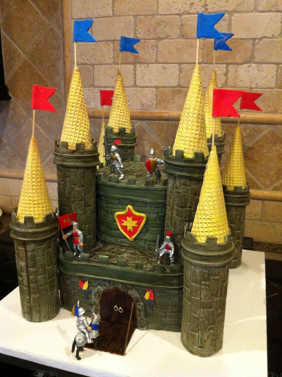 Medieval Fortress Cake on Cake Central