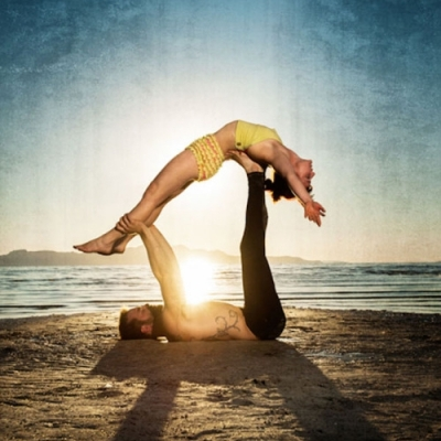 9 Couples Yoga Poses for Exercising Together ...