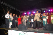 Sarfaraz Khan introduces his FOP team to audience at 60th Independence Day of Pakistan on August 10th 2007 at Exposition Park, Los Angeles.