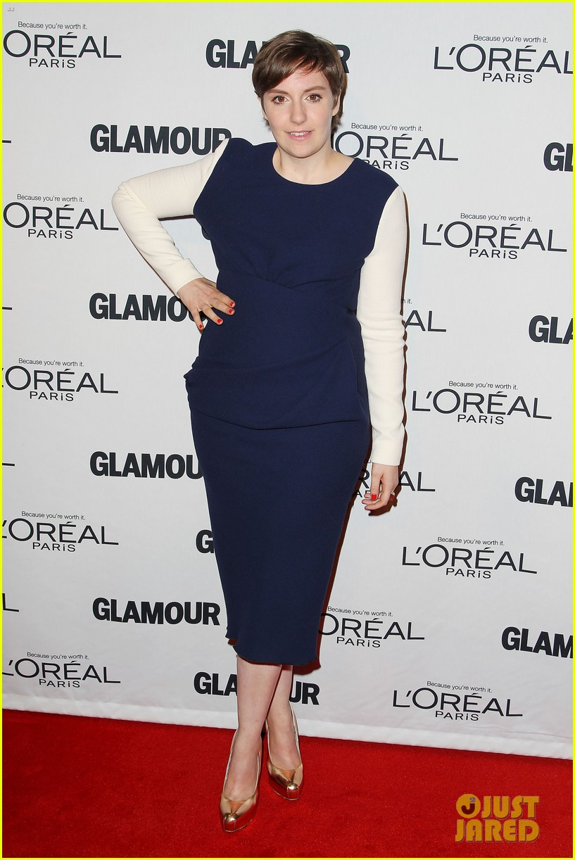 lena dunham glamour women of the year awards 2012 26