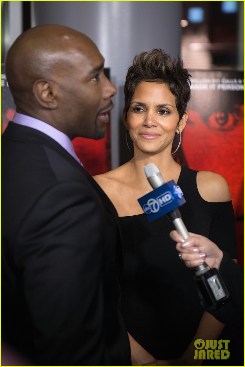 halle berry the call chicago premiere 122822700