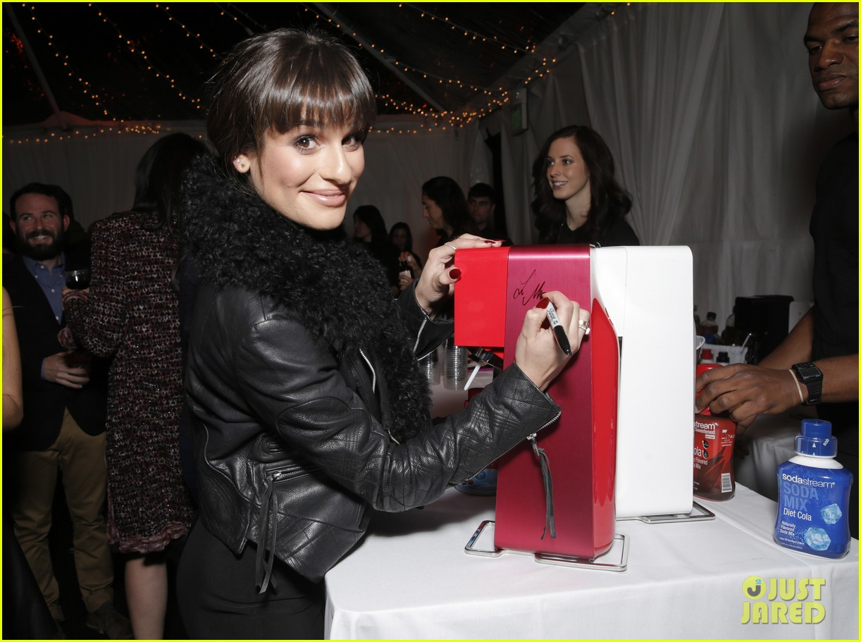 lea michele naya rivera switch boutique holiday party 16
