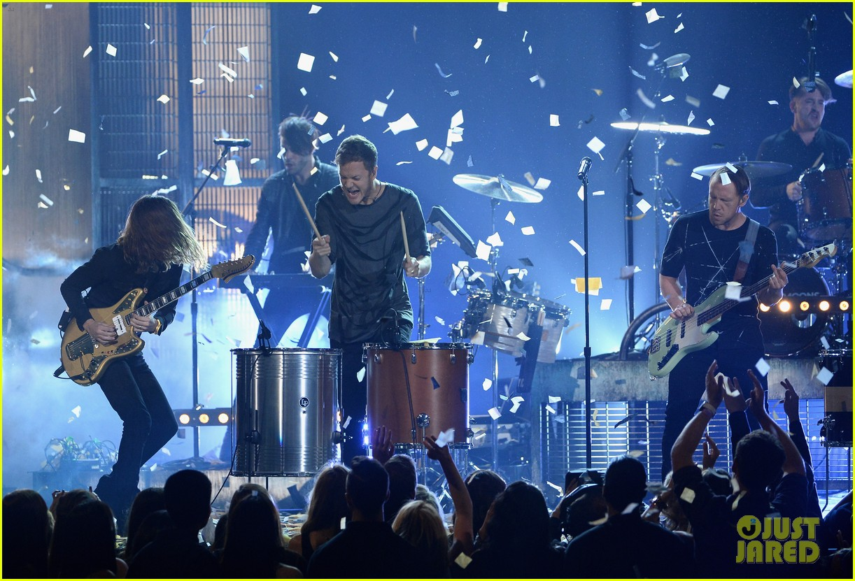imagine dragons performs tiptoe at billboard music awards 2014 073117013