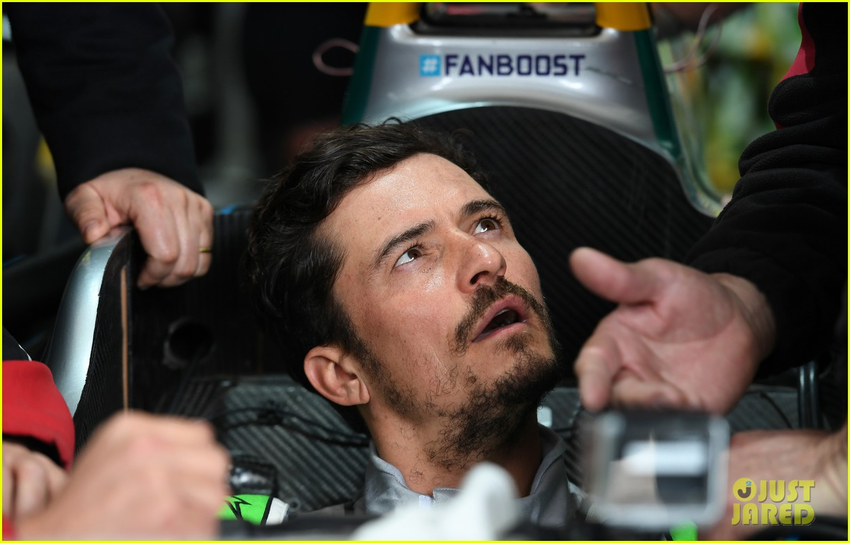 orlando bloom celebrates 41st birthday with racing in morocco 194014218